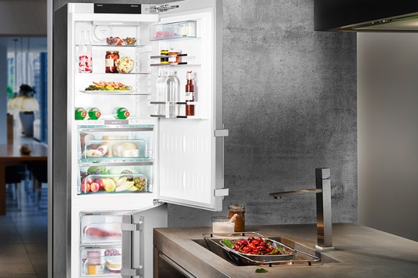 Liebherr BluPerformance: cutting edge refrigeration technology for maximum convenience.